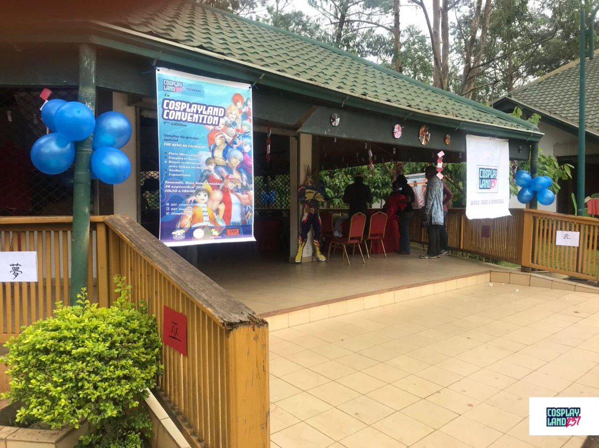 Cosplayland237 a eu l'immense plaisir d'organiser la 1ère Convention entièrement dédiée au cosplay au Cameroun, le samedi 26 septembre 2020 à Yaoundé au Bois Sainte-Anastasie.  Le programme était serré, mais c'est avec joie que nous vous avons reçus nombreux pour l'occasion. 1/12