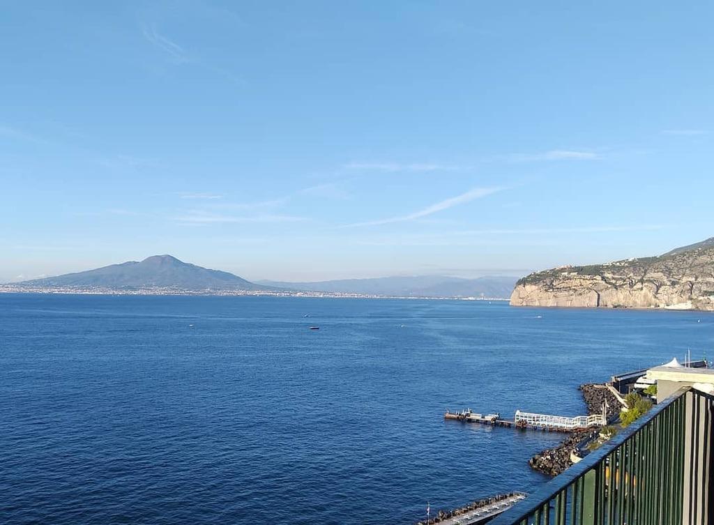 test Twitter Media - Vide 'o mare quant'è bello, spira tanto sentimento... #Sorrento https://t.co/U2wrbsXhNC