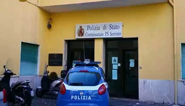 test Twitter Media - #Cronaca #Sorrento - Tentò furto in albergo aggredendo il custode, arrestato 47enne stabiese LEGGI LA NEWS: https://t.co/p77TO9ZN3Y https://t.co/3S4rro7Ez5