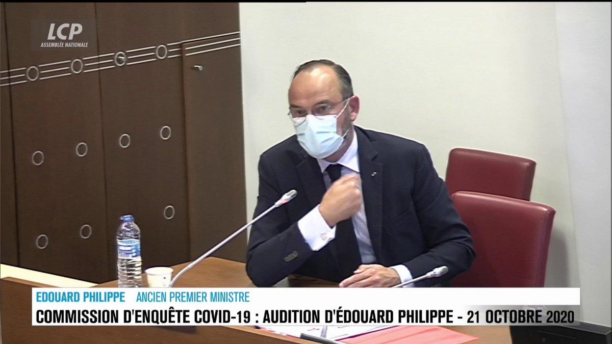 """""""J'ai dit à un 13h de TF1 que le port du #masque en population générale n'avait aucun sens."""" #EdouardPhilippe affirme """"assumer"""" ce bobard, balancé """"parce que des médecins le lui avaient dit."""" Donc il n'assume rien en fait. #Covid19 #TousContreMacronJour23"""