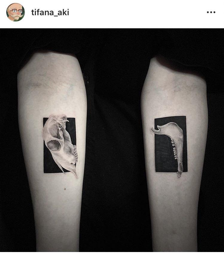 test ツイッターメディア - 刺青の話ついでにわたしが一番好きで、いつかこの人に彫ってもらおうと決めているタトゥーアーティストさん見てもらっていいですか。  https://t.co/EfpPq4UWtT https://t.co/9WkdMMD8Wi