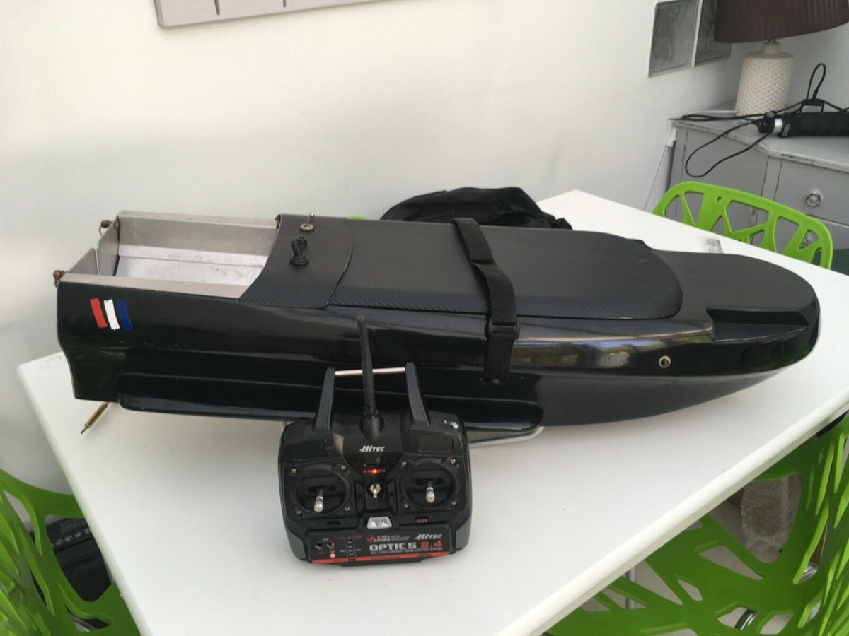 Ad - Deliverance Bait Boat On eBay here -->> https://t.co/cpdPIb9Rle  #carpfishing https://t.c