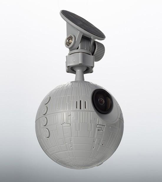 test ツイッターメディア - 【ヨドバシ x カー用品】  映画 #スター・ウォーズ に登場する帝国軍の最終兵器がドライブレコーダーに❗️  フロントカメラは「デス・スター I」 リアカメラには「タイ・アドバンストx1」 それぞれリアルに再現されています✨  12/4発売❗️好評予約受付中です💕  商品詳細⇒https://t.co/Fsmkm7mciu https://t.co/YN8IZELs7M