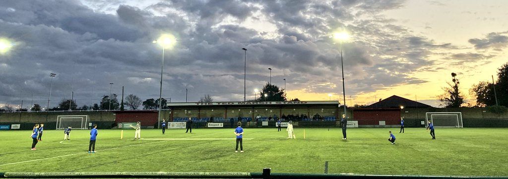 test Twitter Media - 🏟   FRIDAY NIGHT LIGHTS   @TwyfordHouseCC 🆚️ @KnowleCC  📅 Tonight (16 Oct) 🕕 6pm  📍Gloucestershire F.A Headquarters, BS32 4AG @GlosFA  🍔🥤 Hot food and drinks available. All proceeds to go to @stpetershospice @SPHFundraisers   #FridayMotivation #PowerOfCricket #Cricket https://t.co/fBJcXmN56A
