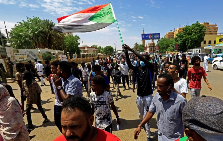 test Twitter Media - #Sudan off US terror list ~ hear about the aid to victims of terror, and what it means for Israel @CBSNewsRadio  @PamelaFalk @CBSNews  photo: MohamedNureldinAbdallah https://t.co/7Ea7KPoiir https://t.co/6sowELkvzq