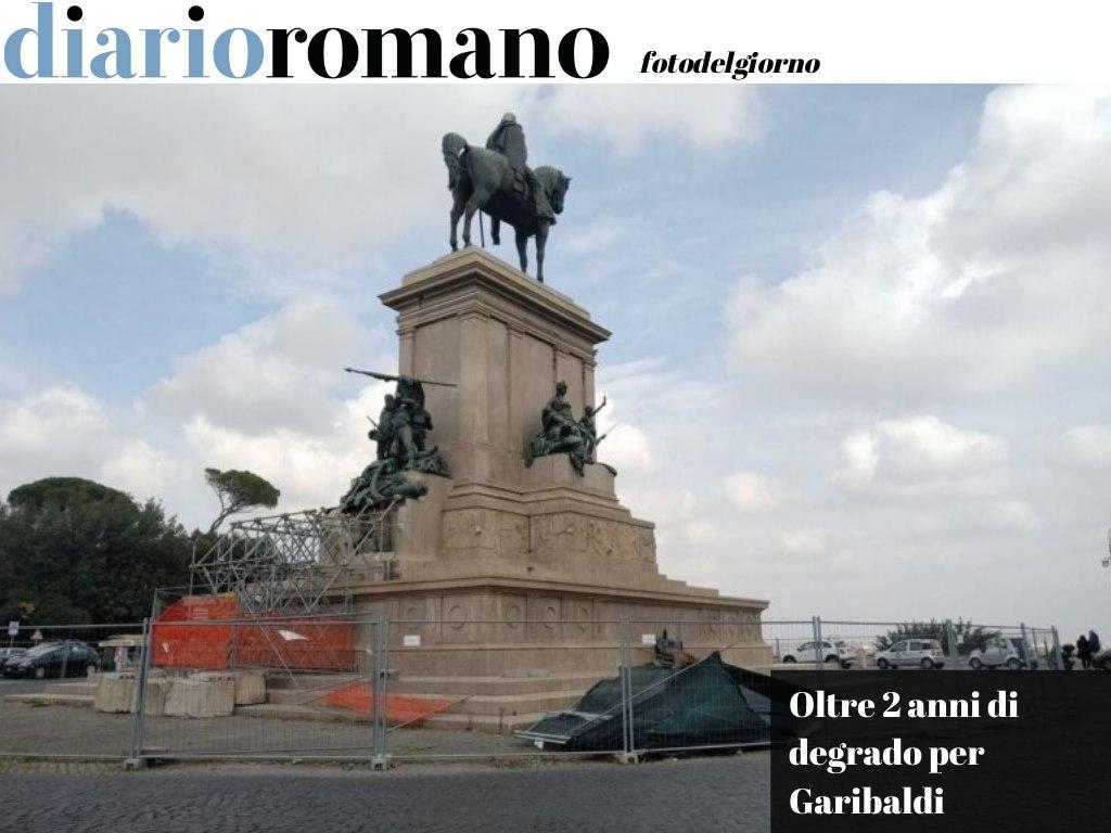 test Twitter Media - Oggi alle 12:00 allo sparo del cannone flash mob al Gianicolo, sotto il monumento di Garibaldi, per denunciare il #degrado in cui si trova da oltre 2 anni. #Roma #fotodelgiorno 📸 https://t.co/G06alSEBHi