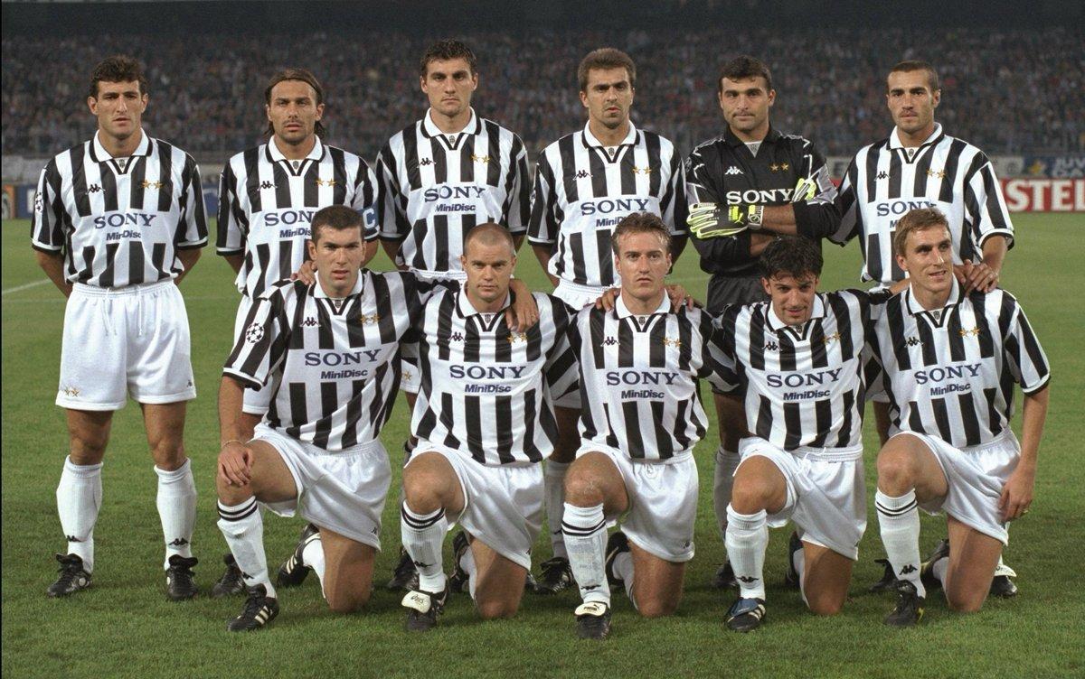 🤍🖤 ¡Qué Juventus! 😍  #UCL   @juventusfces