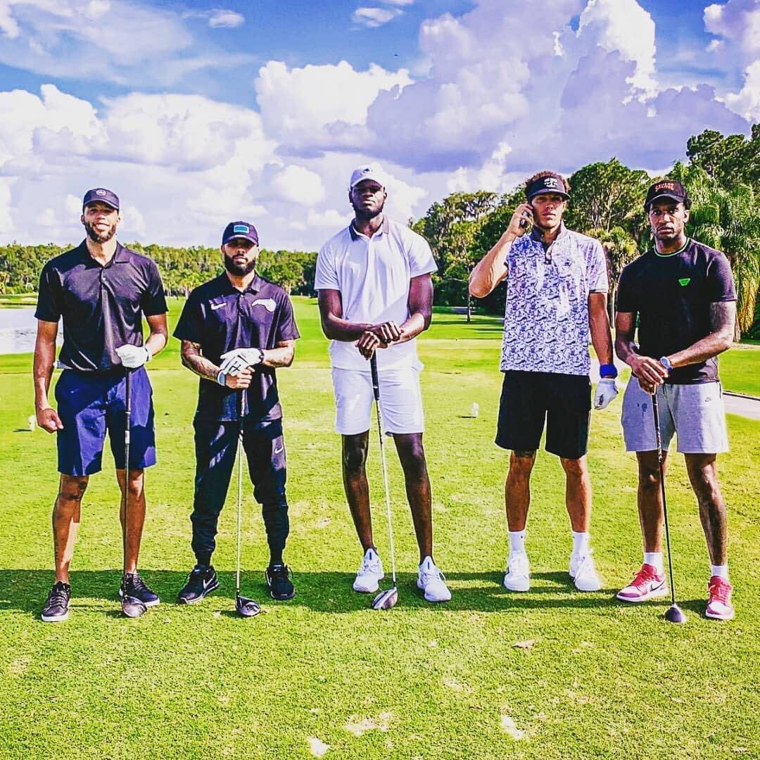 ⛳️ x 🏀   Players hit the links in Orlando! #BESTofNBARestart