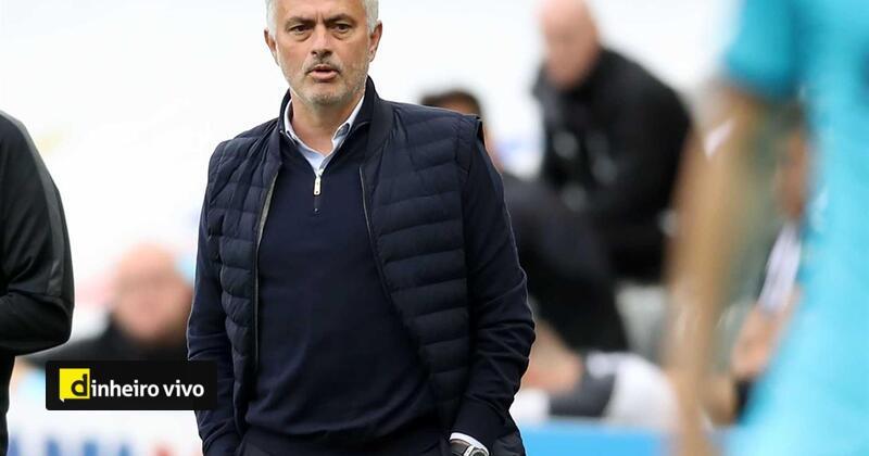 "test Twitter Media - José Mourinho vai ser premiado com 'Web Summit Innovation in Sport"" https://t.co/DlCPLALudH https://t.co/be6jwZpMml"