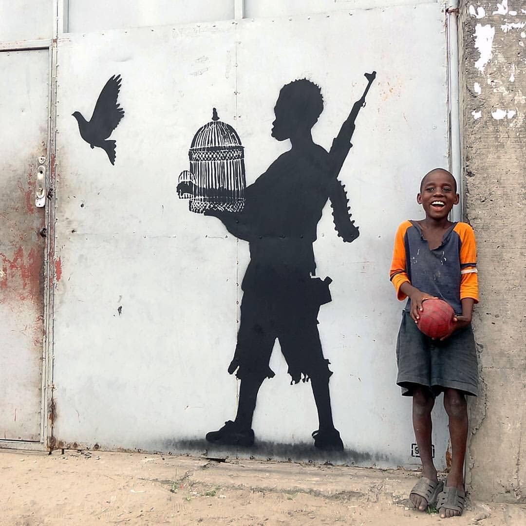 ... be the first change yourself. Good morning! Art by Goin in Kinshasa #StreetArt #Art #GoodMorning #Humanity #NewDays #Change #Beauty #Peace #UrbanArt https://t.co/0MpaI48eaH
