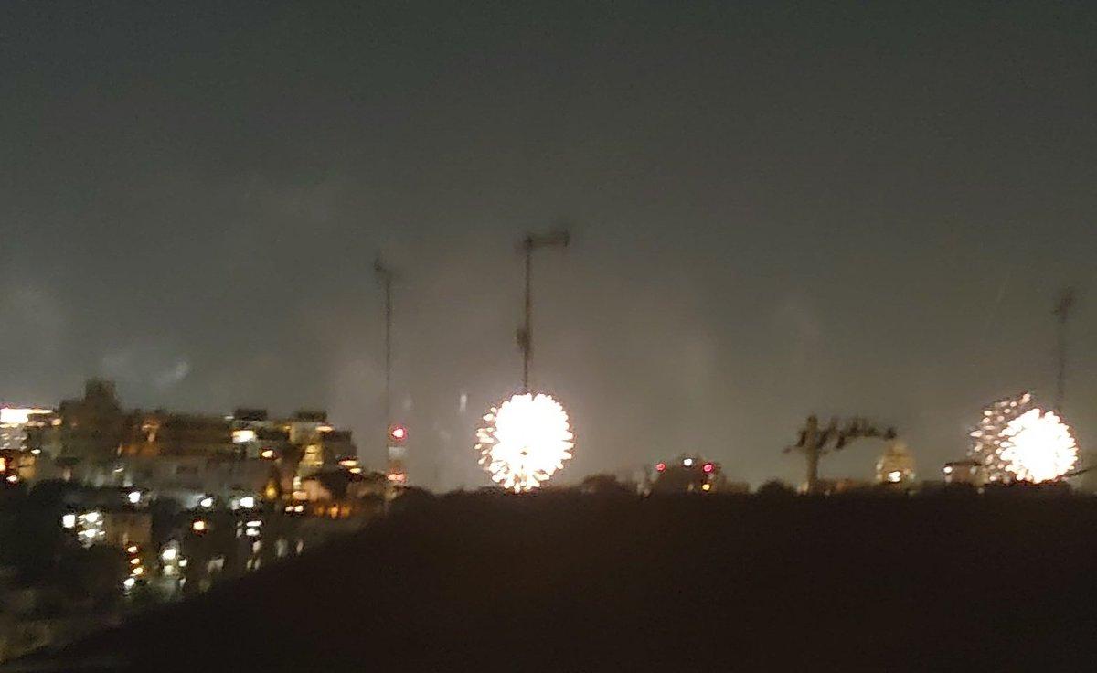 test ツイッターメディア - 今年はあつ森花火しか見てなかったから、本物の花火見れてよかった🎆 https://t.co/5ZTrLwBsBP