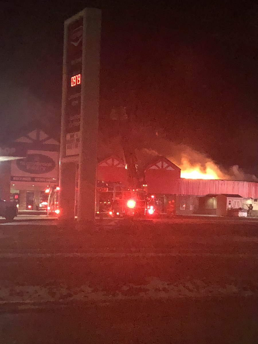 test Twitter Media - Very large fire at McMunn and Yates in Steinbach. Huge firefighter presence. Care and concern for their safety and owners and staff. https://t.co/zH2feUAp1k