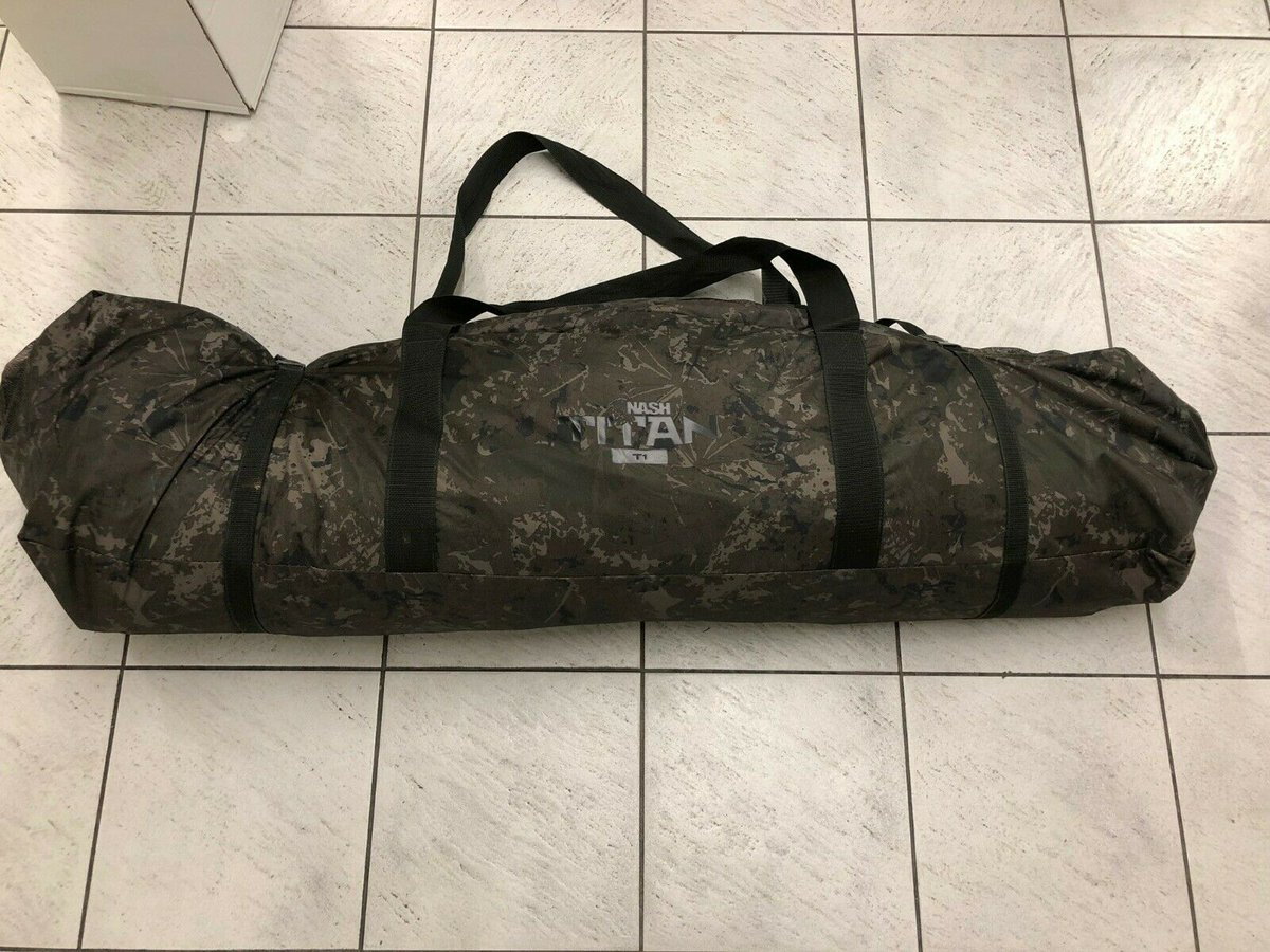 Ad - Nash Titan T1 camo On eBay here -->> https://t.co/fRylmcpxIO  #carpfishing https://t.co/j