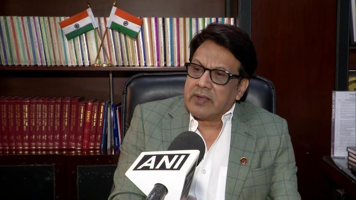 test Twitter Media - J&K, Maharashtra, Kerala & Assam have reported some incidents of serious radicalisation. We'll focus on these states/UTs & constitute teams to get evidence of such incidents: Prof. GS Bajpai of National Law University, who'll head Govt study on status of radicalization in India https://t.co/oWFkOGhJ0A