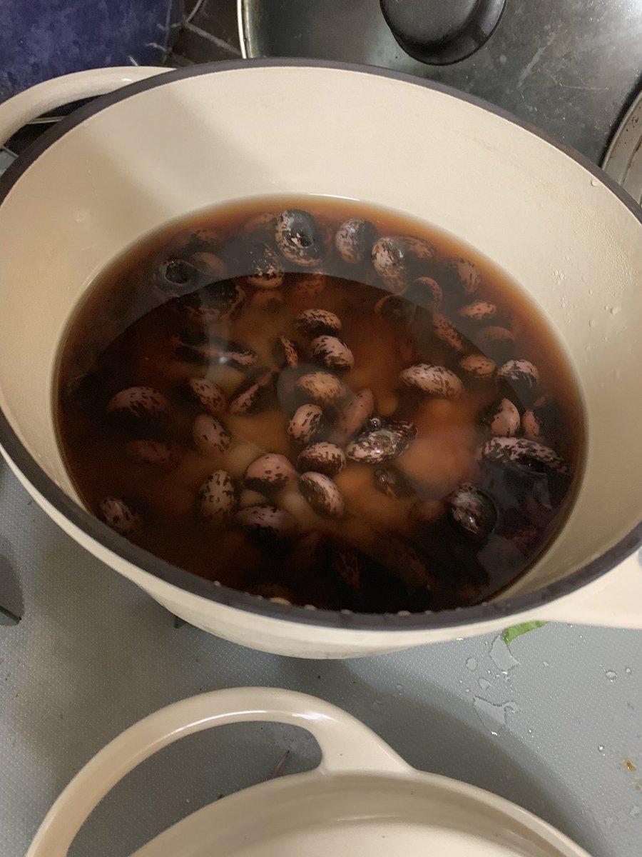 test ツイッターメディア - 佐久の橘倉酒造さんのお店に、花豆があったので、買ってきた。 昨日の夜一度沸騰させたのを火を消して一晩置いておいて! もうちょっと柔らかくしたい。 https://t.co/MNDsuiXIin
