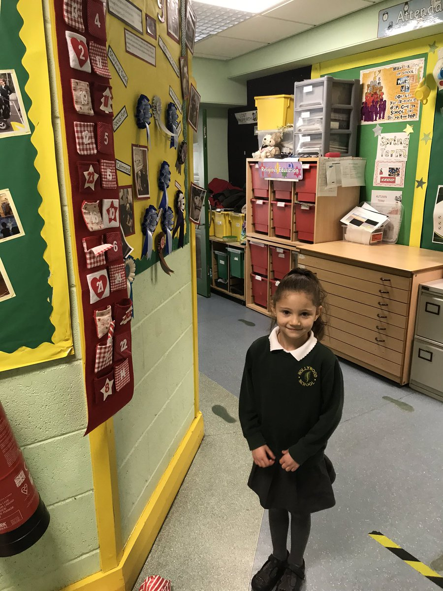 test Twitter Media - Anaya has been helping Miss Parkes get Daisy's 'doggy' advent calendar ready https://t.co/mQUviEYQR5