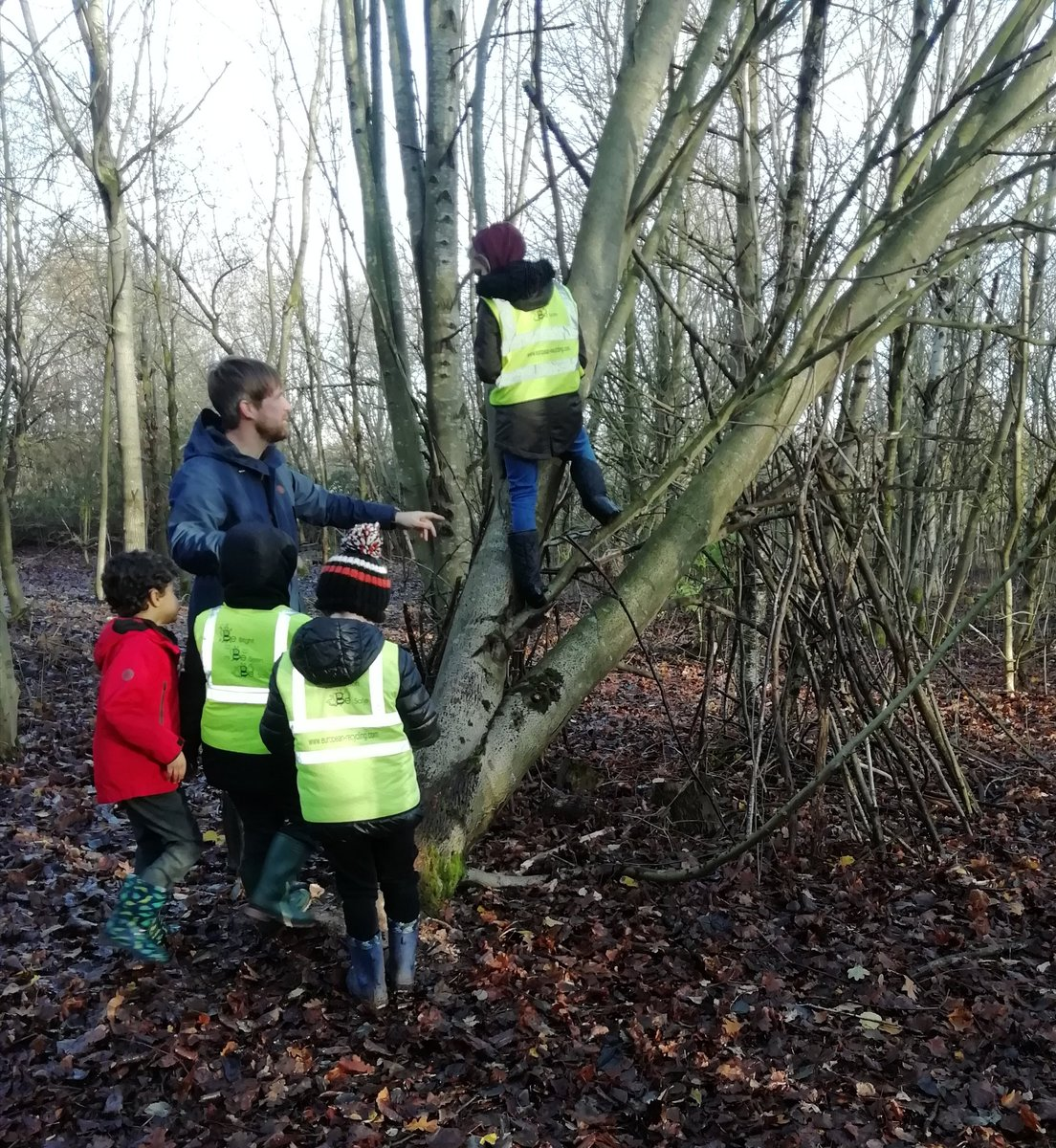 test Twitter Media - Deer and Otter classes had fun on a nature walk today looking for winter in Elmdon Park. Part 1 https://t.co/6XpUnb1eiS