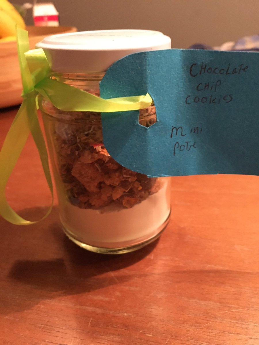 test Twitter Media - Onze dochter komt hier mee thuis van school. Ze heeft vandaag voeding&gezondheid gehad. Ze hebben in die les deze koekjes ook gebakken. Ik vind zoiets altijd heel erg leuk. #blij #bakken https://t.co/VFeMTmwMQq
