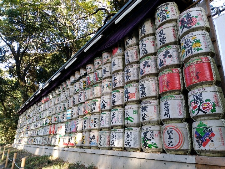 test ツイッターメディア - いろいろな日本酒樽のラベル(?) (@ 清酒菰樽 in 渋谷区, 東京都) https://t.co/TpIjtSl2Og https://t.co/v0d2kUYYe7