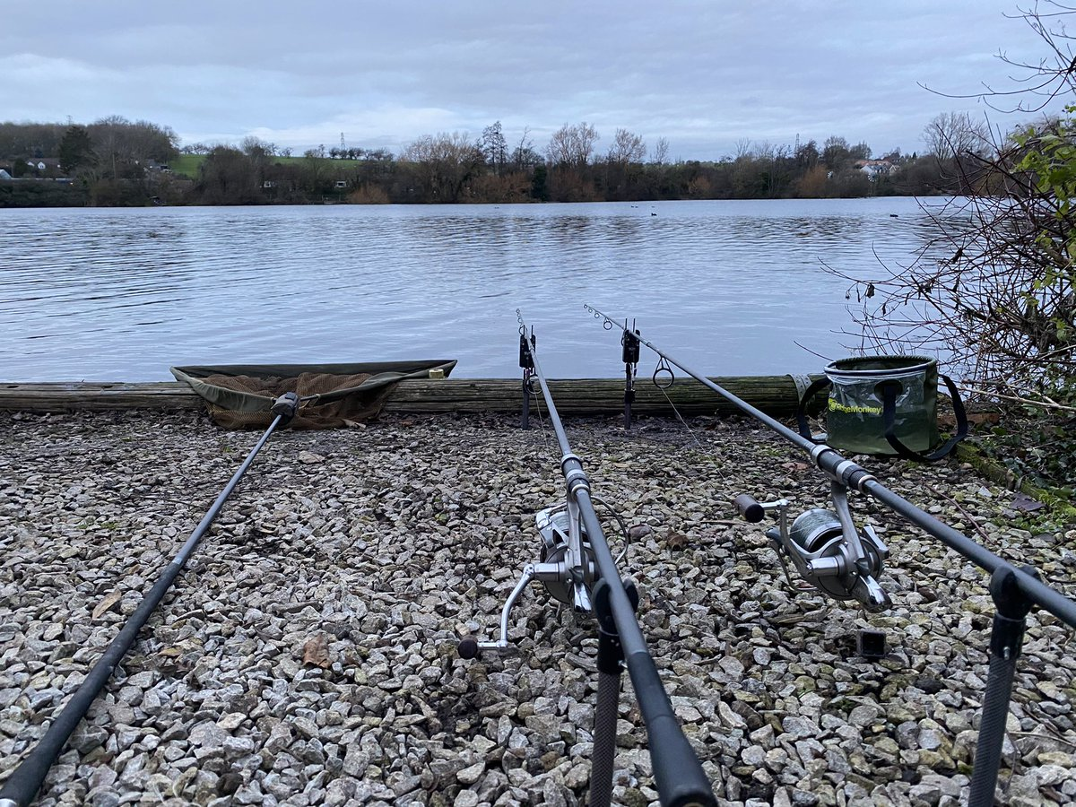 Just managed to get <b>Set</b> up before the light started to go . 48 hrs 😀😀🤞🏼 #carp #ca