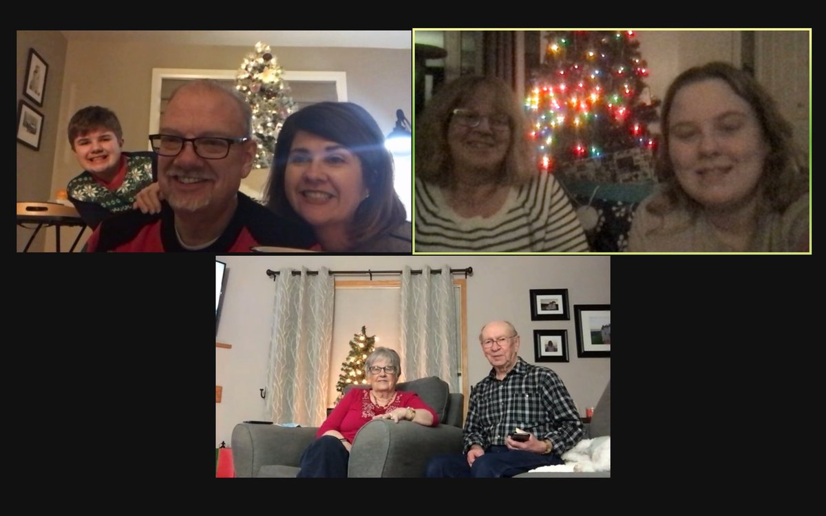 test Twitter Media - A wonderful time with family. In the best way we can. #MerryChristmas https://t.co/uAPLDo0iNX