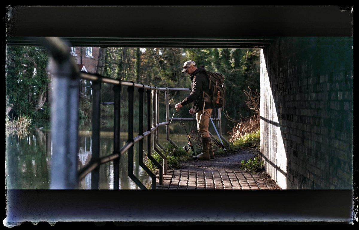Urban hunting ud83dude0e EP09 CHANGE - Out now. #vlogs #fishing #carpfishing #filmmaker #nature #<b>