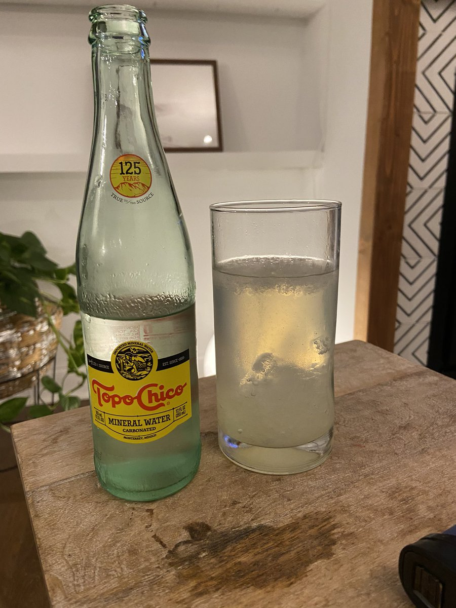 test Twitter Media - Happy new year and stay safe. Me, I'm drinking ranch water and relaxing.  Here's to a new year, a new start, and the end of the darkest timeline (also known as 2020). https://t.co/ucBWsIUqhf