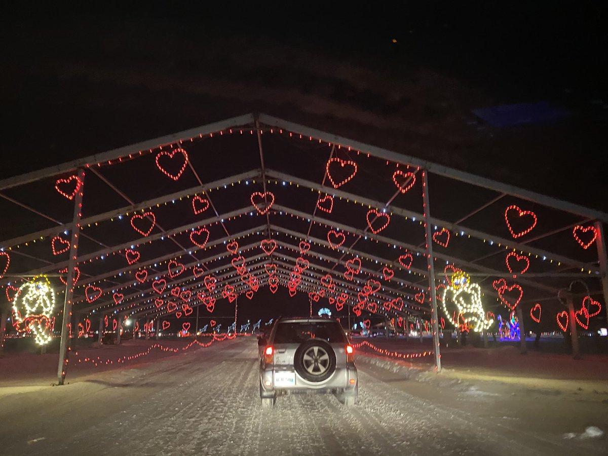 test Twitter Media - Canad Inns Light Show tonight. Enjoyable. Traditional. Family time. https://t.co/b2w2eGwmWx