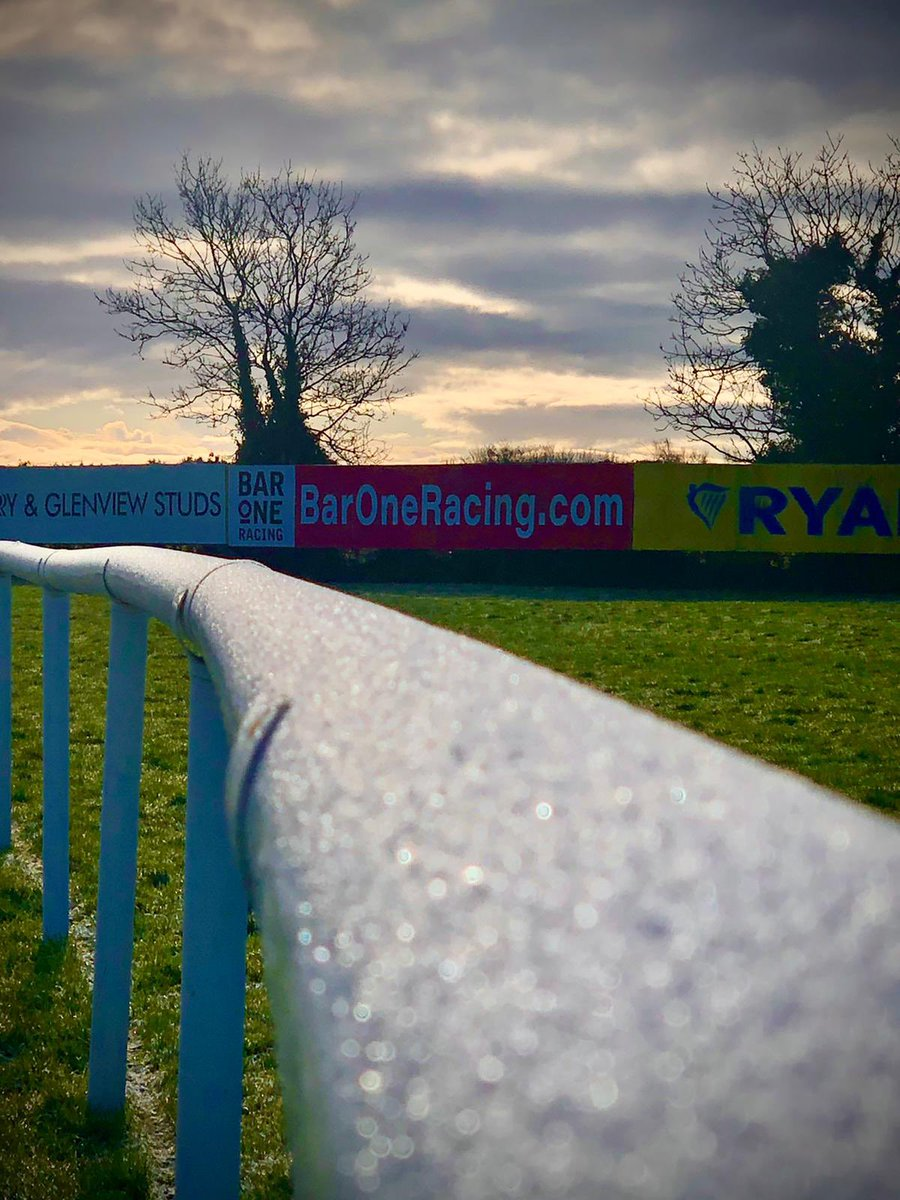test Twitter Media - Beautiful frosty morning in @Fairyhouse ahead of racing today. https://t.co/Kyxyuy923u