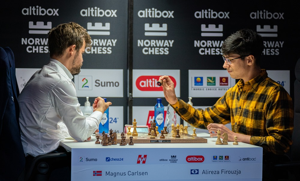 "test Twitter Media - Firouzja ""has all the chances to fight for the world title in the future!"" (Leko)  It's Carlsen-Firouzja today as the #TataSteelChess Masters starts with a bang!  https://t.co/W4h9fTykq5 #c24live https://t.co/5qc0OUWVPR"