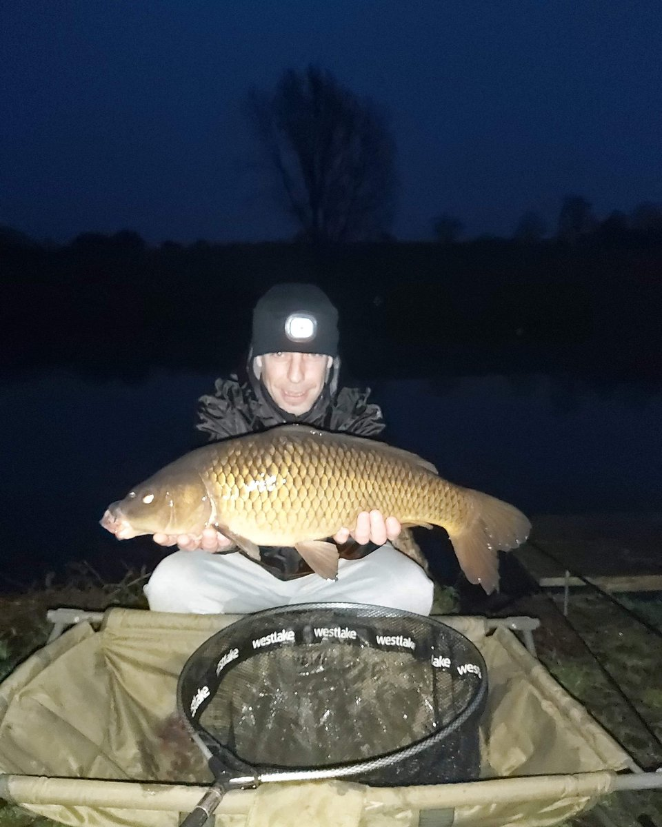 Good catch <b>Before</b> lockdown glad a caught this one,best one to date  #carpfishing https://t.co