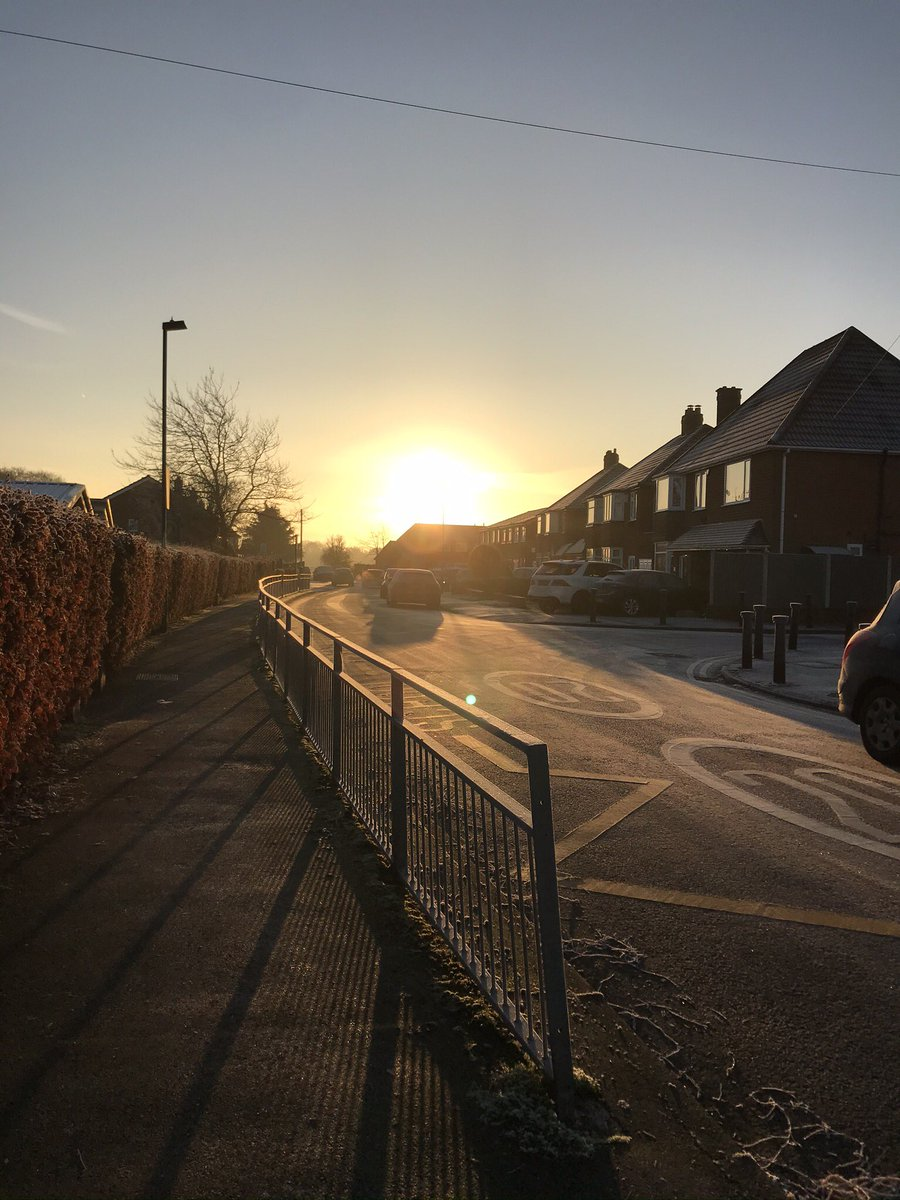 test Twitter Media - Beautiful sunrise on the school gates https://t.co/y2R7yNxkhk