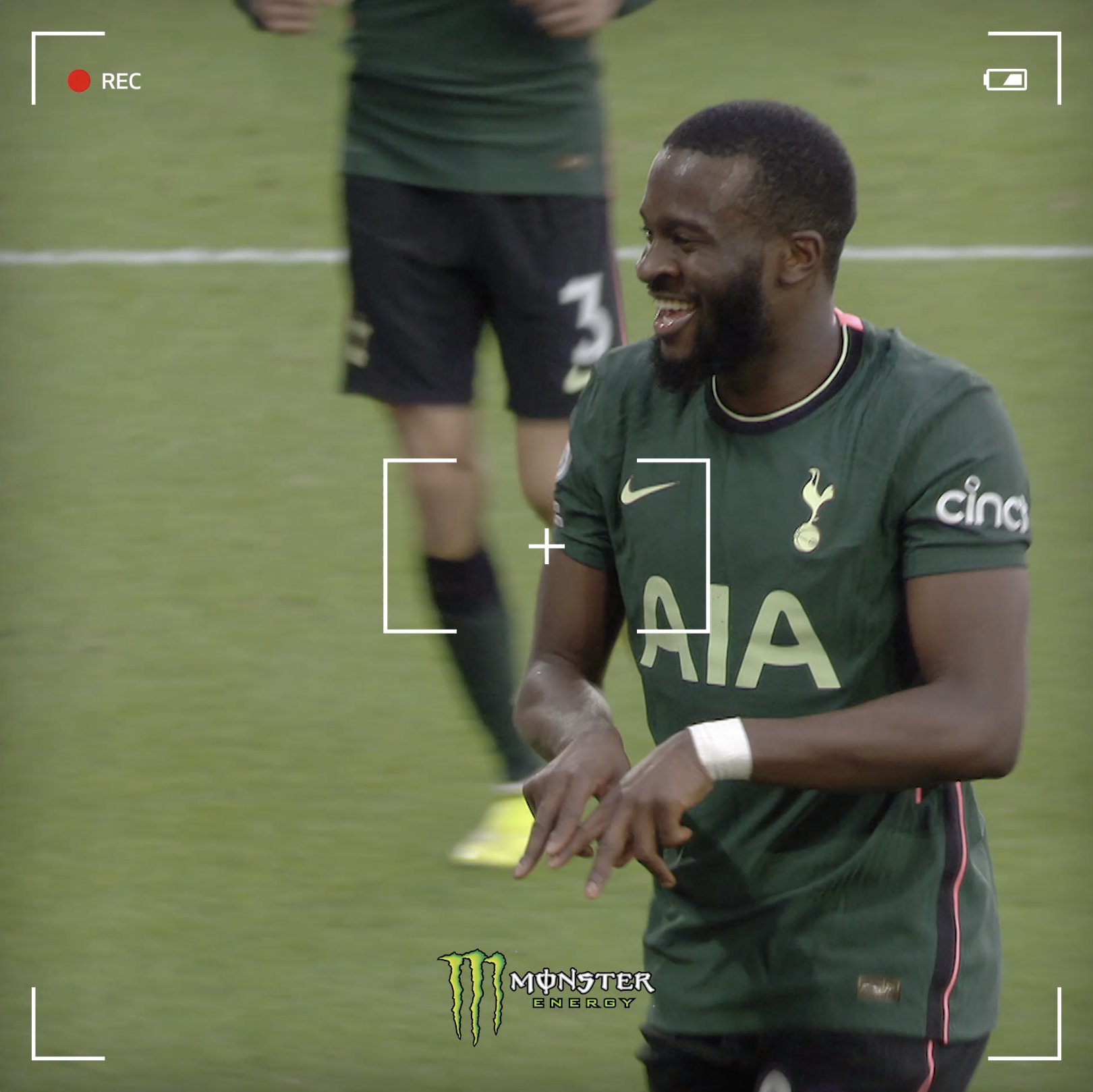 Pitchside views of Tanguy's 𝙨𝙚𝙣𝙨𝙖𝙩𝙞𝙤𝙣𝙖𝙡 strike! 😍  @MonsterEnergy ⚪️ #COYS https://t.co/jbmPT86hPY