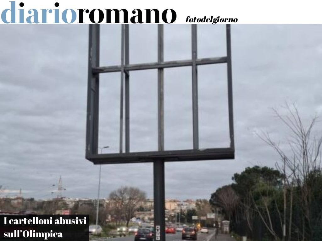 test Twitter Media - https://t.co/e5YgpqMlBM Salaria. Tre impianti pubblicitari irregolari erano stati oscurati dal Campidoglio. Adesso la ditta ha rimosso i poster. Li smonterà?? #Roma #fotodelgiorno https://t.co/DkLB96gVJz