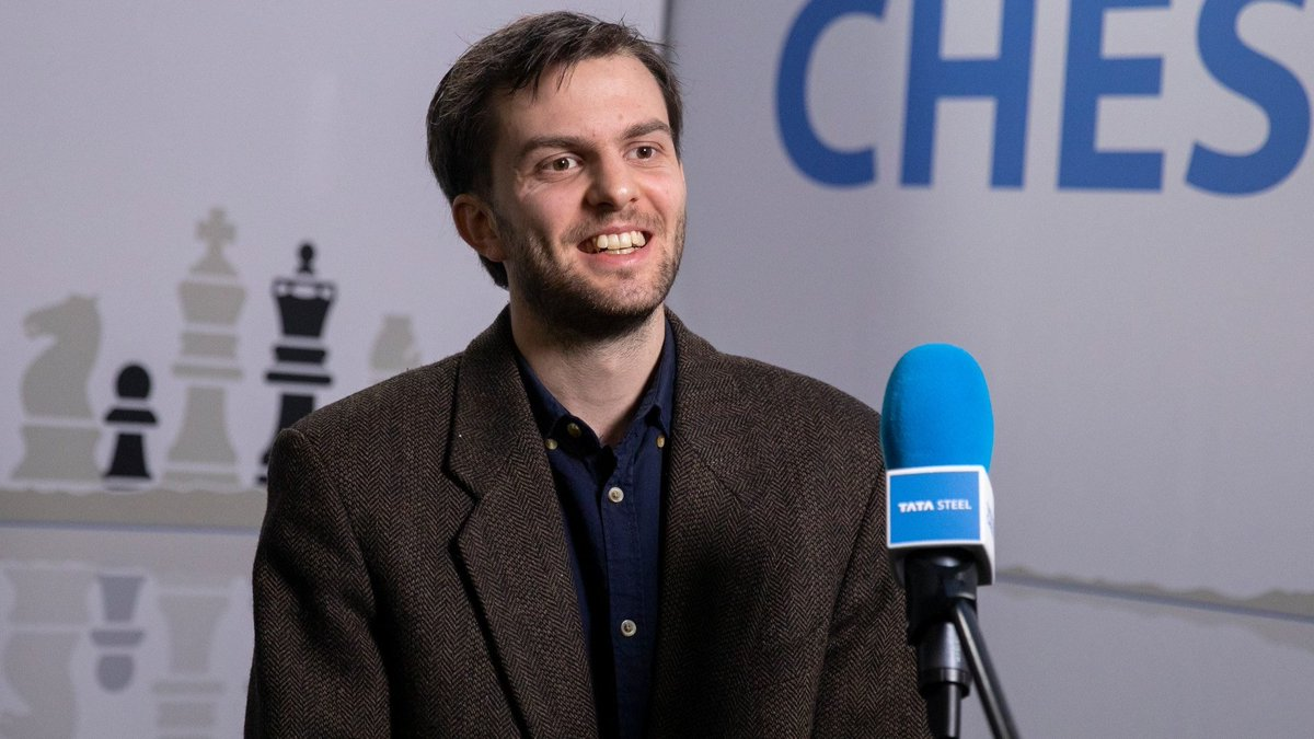 test Twitter Media - Nils Grandelius beats Maxime Vachier-Lagrave and once again grabs the sole lead of #TataSteelChess while other games of round 5 end in draws.  https://t.co/PiKnaN91vT https://t.co/T5ZjKzjuBo