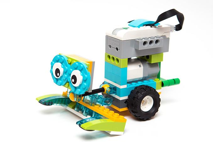 test Twitter Media - LESEN SIE JETZT AUF KATZENPFAD: Geschenk für die Winterhauch-Schule  Mit Lego-Robotern sollen die Kinder an der Winterhauch-Grundschule programmieren lernen. (Symbolbild - Pixabay)  Waldbrunn.  https://t.co/QYhL82g5nm https://t.co/P31LcIdpXc