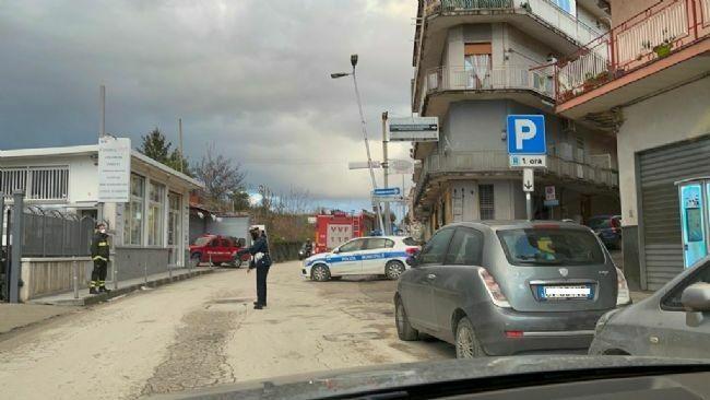 test Twitter Media - #Cronaca #Castellammare - Maltempo e vento forte, a rischio crollo un lampione al Parco Imperiale LEGGI LA NEWS: https://t.co/himtXYZxol https://t.co/UwrgPq4Kcc