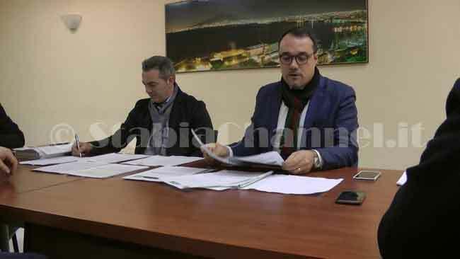test Twitter Media - #PoliticaLavoro #Castellammare - Rimpasto di giunta, Ungaro blocca tutto e punta i piedi LEGGI LA NEWS: https://t.co/6qoxUsAmA6 https://t.co/1mHO8fqoEt