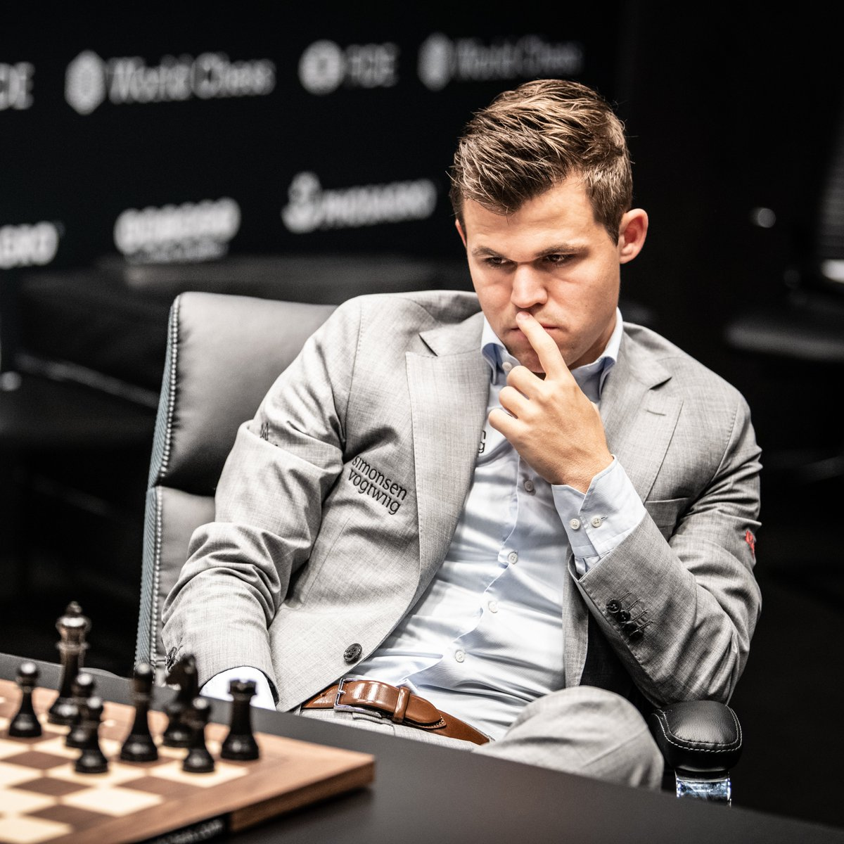 test Twitter Media - Carlsen 🇳🇴 will defend his title against the winner of the postponed Candidates Tournament, which is due to conclude in Ekaterinburg (Russia), in April. The two players will compete for a prize fund of EUR 2 million (AED 9 million), the highest in recent times. @expo2020dubai https://t.co/sMCrCiIxa6