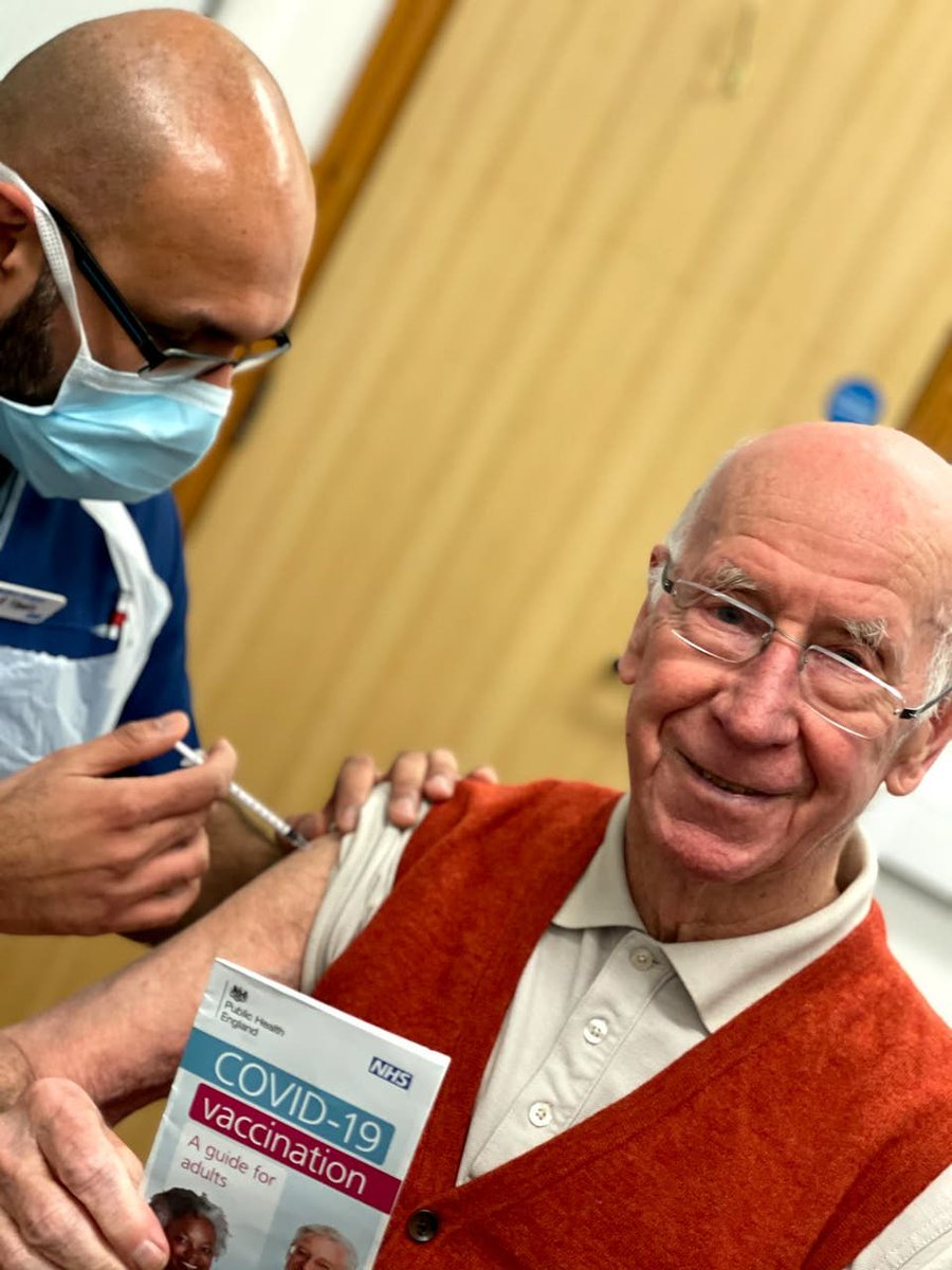Delighted to see our founder @SirBobby receiving his Covid-19 vaccination:    #sirbobby #vaccination #covid19 #sbcf #coronavirus #health