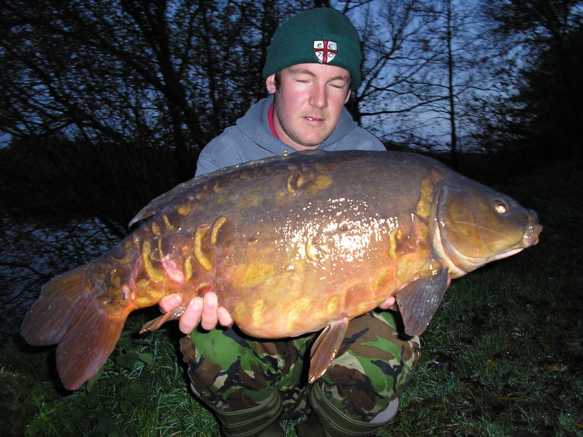 A <b>Winter</b> mirror in its <b>Winter</b> colours caught from weybread no1 back in 2006 #carp #car