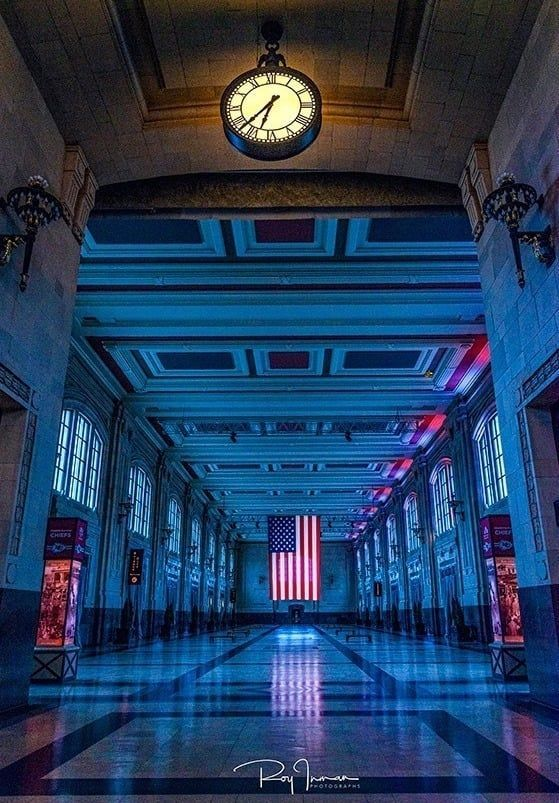 Grand Plaza photographed by Roy Inman https://t.co/yKmmA8jSy9