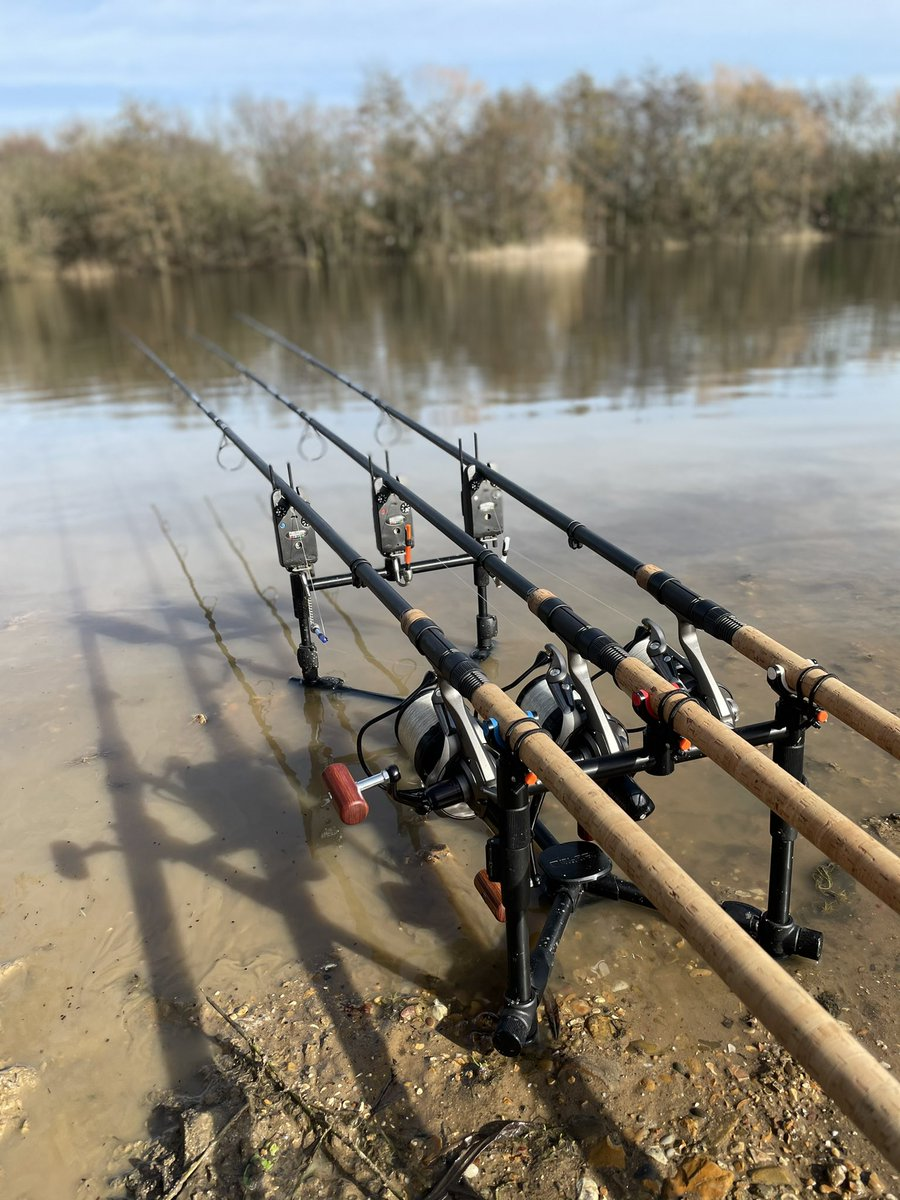 I can feel the stress draining away #carpfishing #fishing #angling #daiwa #<b>Fox</b> https://t.co/k