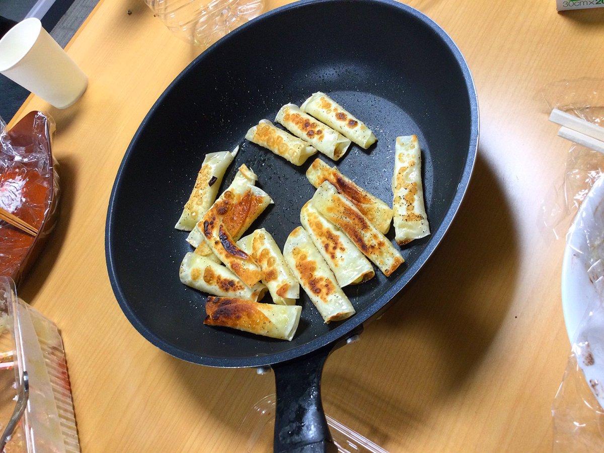test ツイッターメディア - 白龍特製チーズ餃子 酒のあて https://t.co/zyuJ8xV1VL