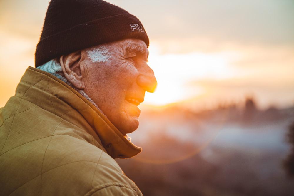 test Twitter Media - Onze ouders en grootouders, eigenlijk vrijwel iedereen ouder dan 65 jaar, behoren tot de meest kwetsbaren van de bevolking. Is cannabis door senioren wel een optie voor het verzachten van ouderdomsproblemen?  #cannabis #gezond #gezondheid  https://t.co/3G9kNoiDhD https://t.co/VJIn1RewAc