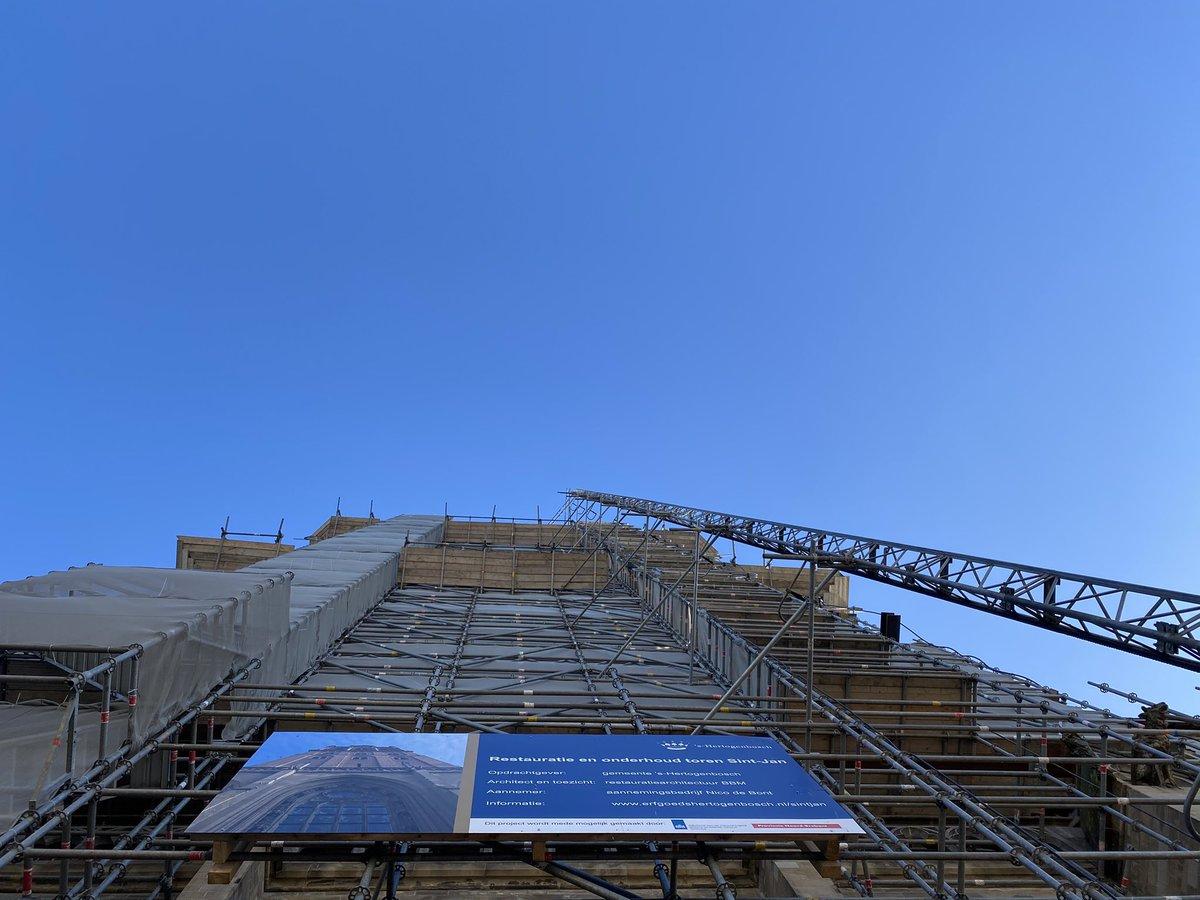 test Twitter Media - Torenhoog in de steigers. De restauratie van de toren van de #SintJan gaat gestaag door. Volg de verbouwing in @deBouwApp. 👉 https://t.co/Id1MSiZPsn https://t.co/habm51vwVh