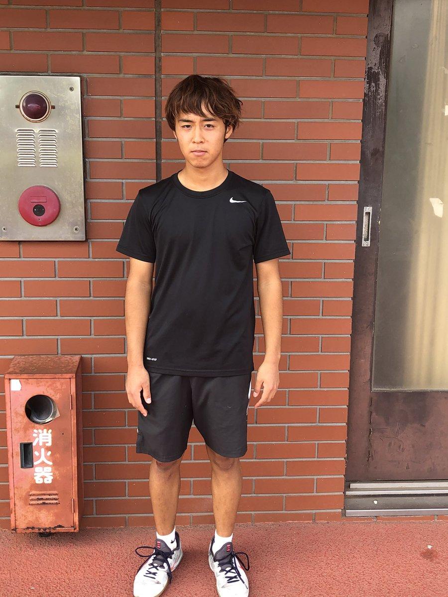 test ツイッターメディア - 名前 荒川蓮太朗 学年 2 役職 IT・副務 出身校:横浜清風高校 好きなテニス選手:フェデラー、ティーム、シナー テニス以外の趣味:甘いものを食べること。 最近の悩み:ボレーする時にラケットからガットが消える。 今年の目標:リーグにでて勝つ。 一言:コロナはやく消えろ https://t.co/es8M64XRUx
