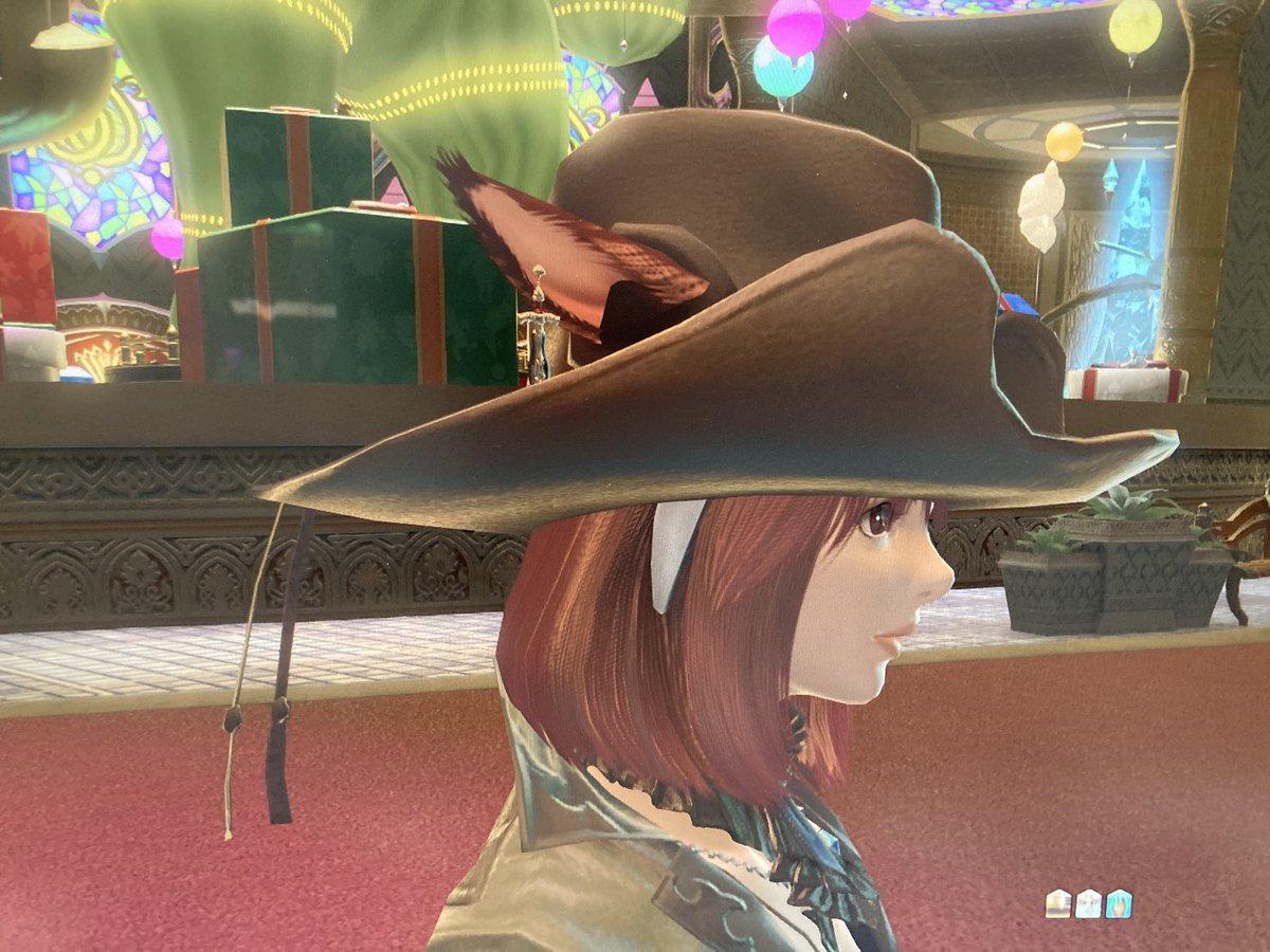 test ツイッターメディア - FF14プレイ275日目 今週のファッションチェック! 帽子を変えただけでなんとか合格! 耳出てる方が可愛いのになぁ😍 https://t.co/yeBSqHx9cJ
