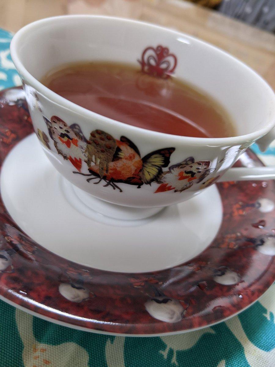 test ツイッターメディア - フェリシモさんからまどマギのティーカップ届きますた!!!ので、早速紅茶を淹れてみた。 かわいい✨✨楽しい!!テンション上がるぅぅぅぅ!!! https://t.co/2au6sCHrNL