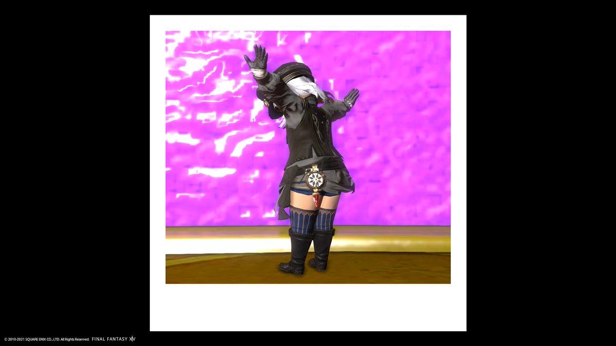 test ツイッターメディア - ファッションチェックで使ったホーリーレインボーなんとか的なやつ 腰に付いてるのカワイイ https://t.co/JxjwsbnJAY